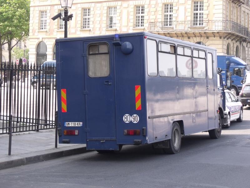 Midliner bleu à identifier. Dscf3411