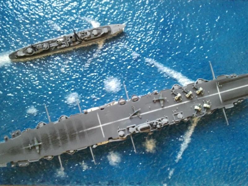 HMS Ark royal & HMS Cossack airfix Photo012
