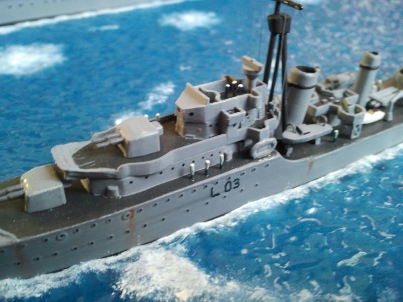 HMS Ark royal & HMS Cossack airfix Photo014