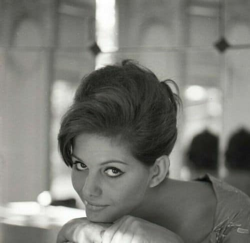Claudia Cardinale - Page 16 10449110