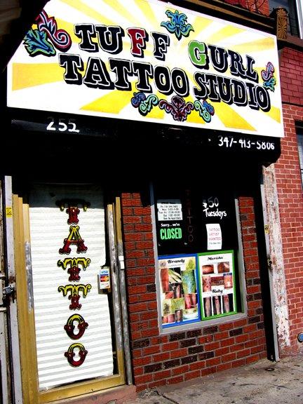Loja de Tattoos e Piercings Tuffgi10