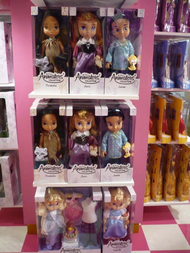 Disney pop up store aux galeries lafayette (du 5/11/2012 au 5/01/2013 ) - Page 2 04010