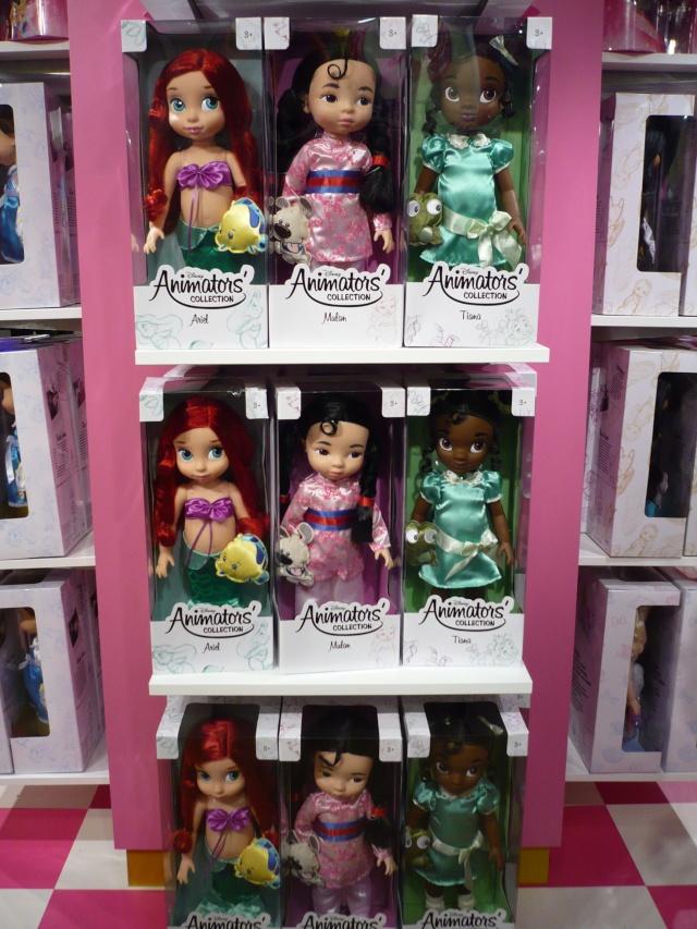 Disney pop up store aux galeries lafayette (du 5/11/2012 au 5/01/2013 ) - Page 2 04110