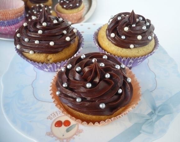 Cupcakes : recettes et décors simples - Page 5 P1030610