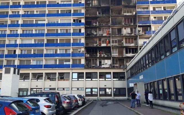 Incendie aux Maillard Jean Zay - Isolation extérieure des bâtiments - Page 3 Mondor10