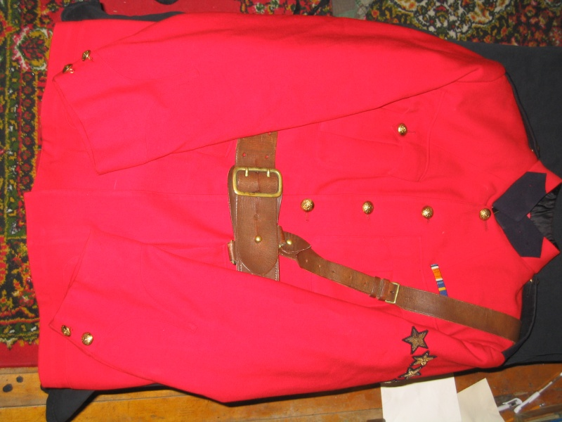 RCMP tunic Img_2310