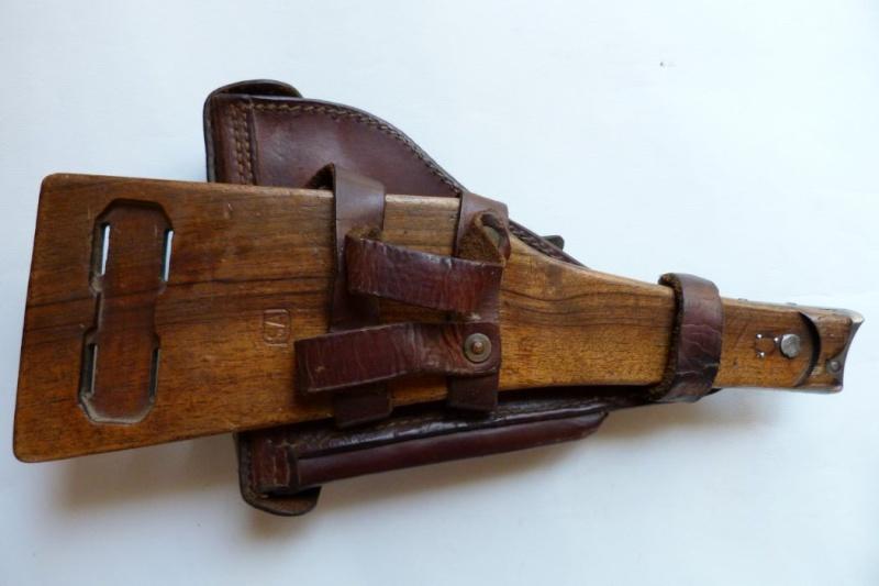 Les étuis et accessoires des Luger finlandais, modèles M 23. 00224