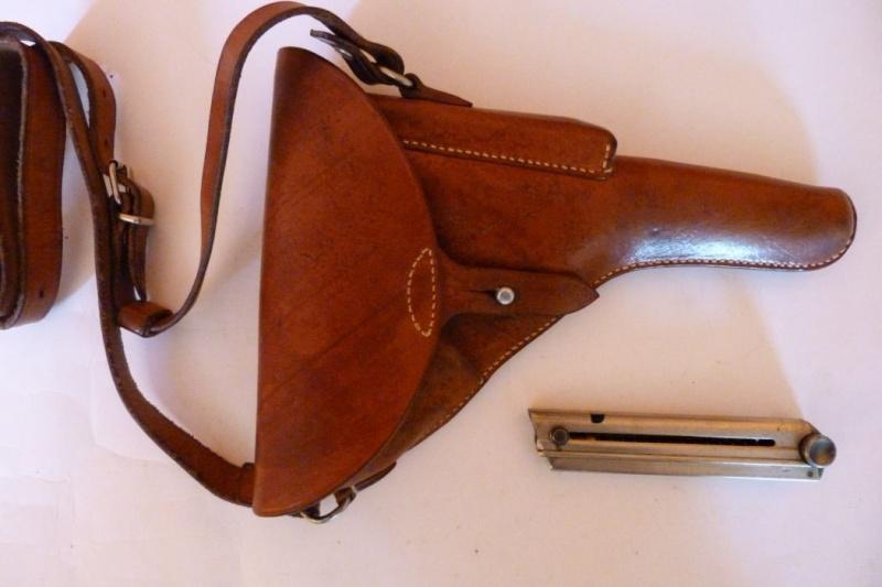 Les étuis et accessoires des Luger suisses de 1925 à 1949 00419