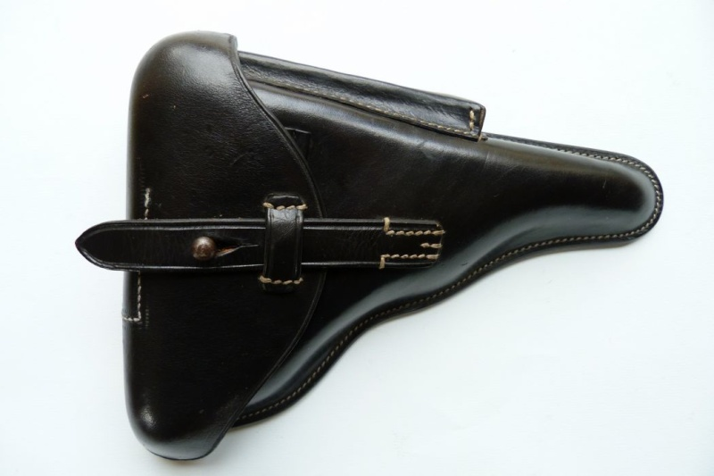 Les étuis et accessoires du Luger P 08, en Allemagne, de 1930 à 1945. 00423