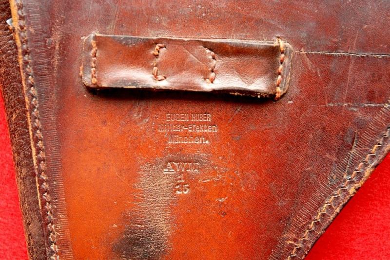 Les étuis des Luger P 08/14 d'artillerie de l'armée impériale allemande. Holste37