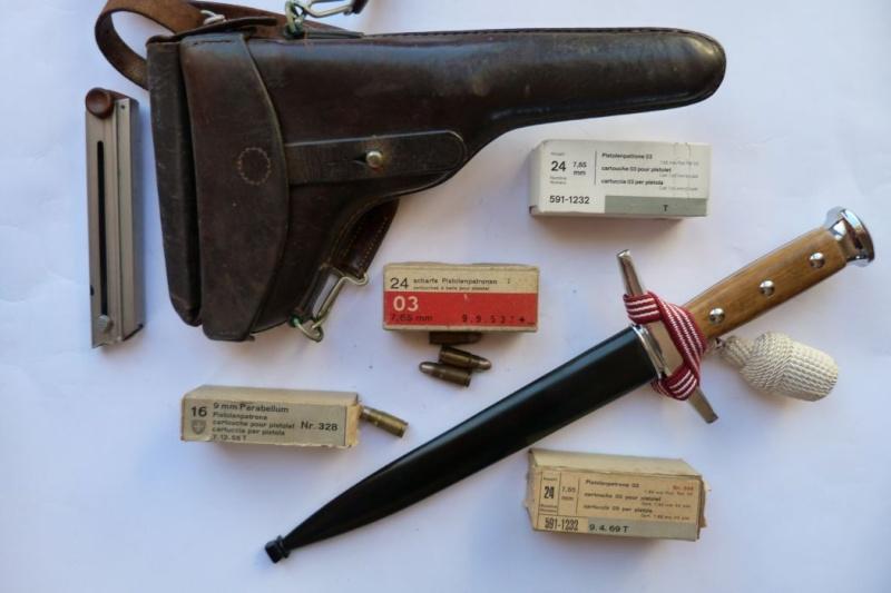 Les étuis et accessoires des Luger suisses de 1900 à 1925. Holste49