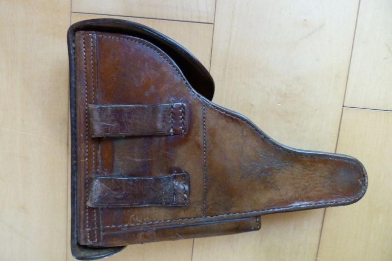 Un étui pour Luger à canon de 10 cm, d'origine inconnue. Holste65