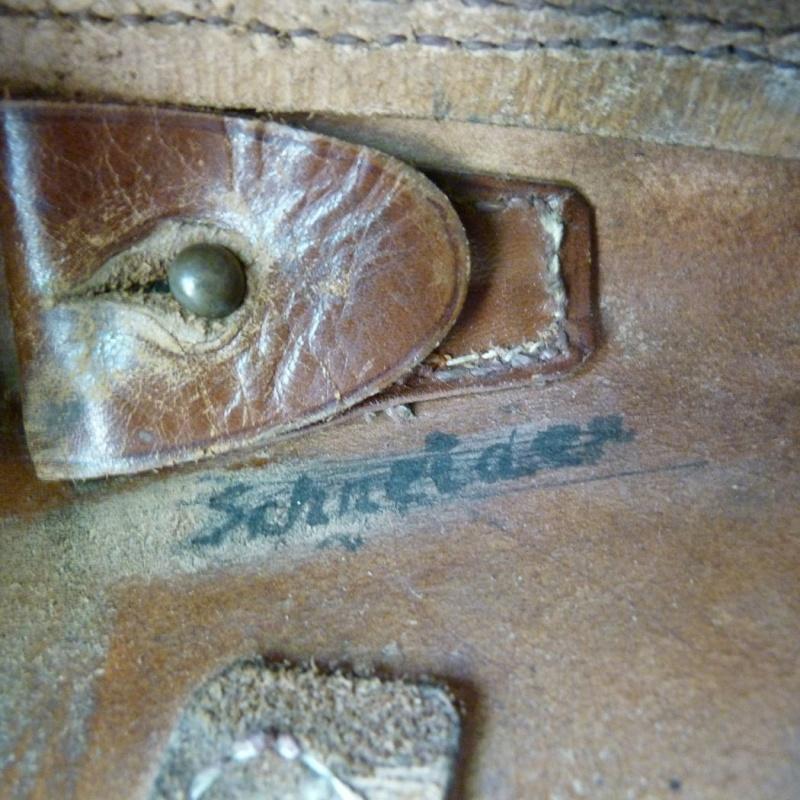 Un étui pour Luger à canon de 10 cm, d'origine inconnue. Holste67