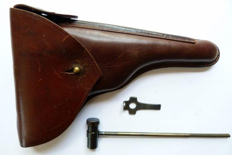 Les étuis des Luger commerciaux allemands, à canon de 10 et 12 cm, de 1900 à 1945. Holste74
