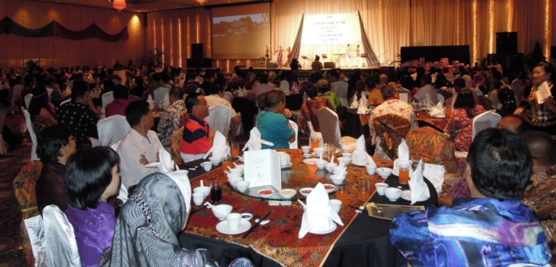 Unity In Diversity Through KSH JPS Sabah Dinner 2012 - Page 3 1129