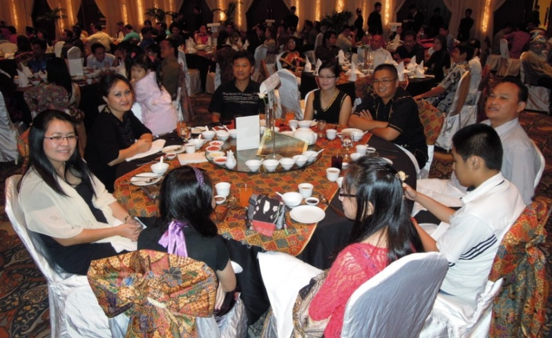 Unity In Diversity Through KSH JPS Sabah Dinner 2012 - Page 2 1324