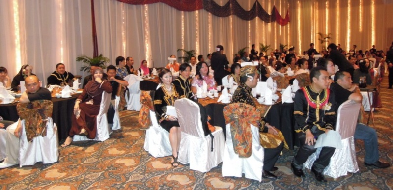 Unity In Diversity Through KSH JPS Sabah Dinner 2012 1422