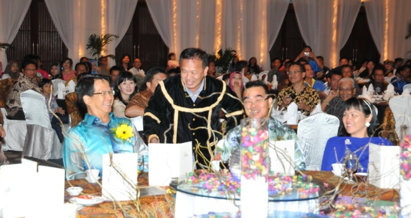 Unity In Diversity Through KSH JPS Sabah Dinner 2012 - Page 3 1424