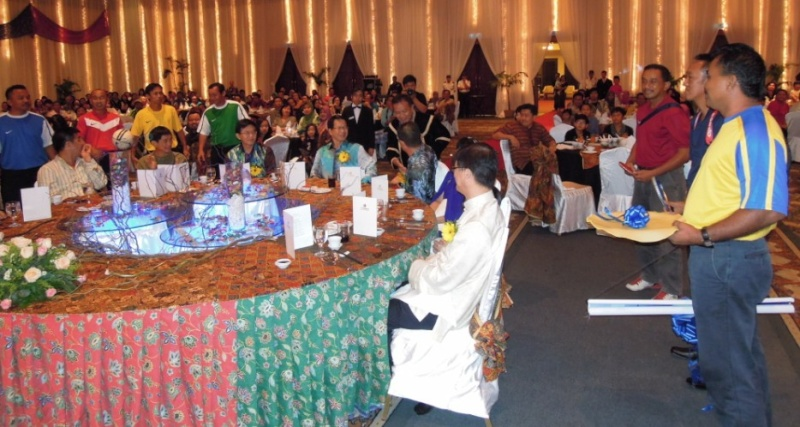 Unity In Diversity Through KSH JPS Sabah Dinner 2012 - Page 3 1621