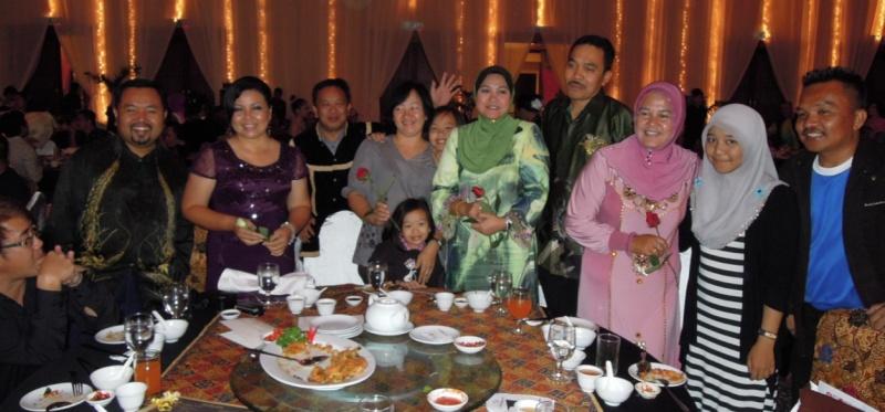 Unity In Diversity Through KSH JPS Sabah Dinner 2012 - Page 5 2416