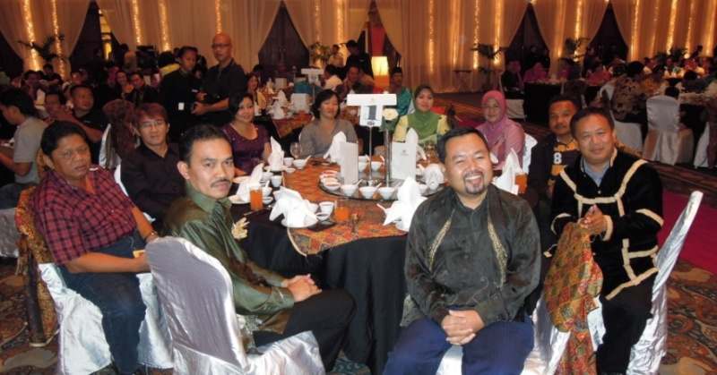 Unity In Diversity Through KSH JPS Sabah Dinner 2012 - Page 3 2613