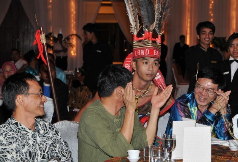 Unity In Diversity Through KSH JPS Sabah Dinner 2012 - Page 5 3114