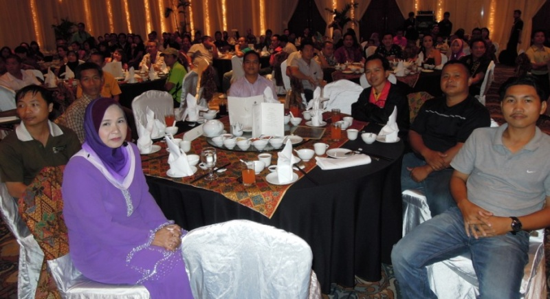 Unity In Diversity Through KSH JPS Sabah Dinner 2012 - Page 3 449