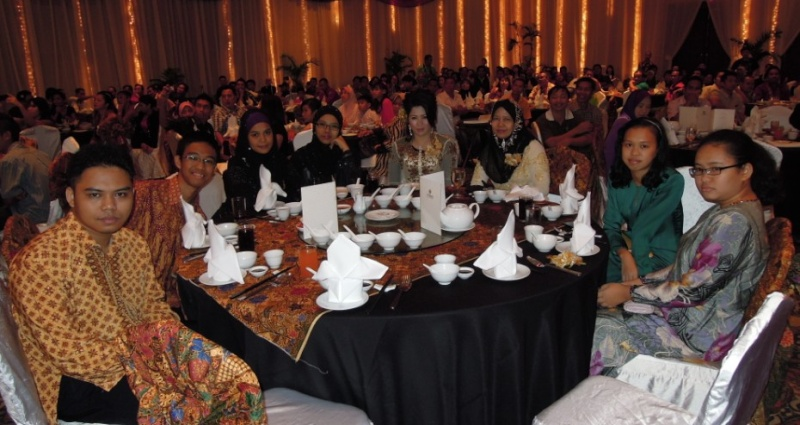 Unity In Diversity Through KSH JPS Sabah Dinner 2012 - Page 3 539