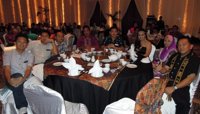 Unity In Diversity Through KSH JPS Sabah Dinner 2012 - Page 3 641