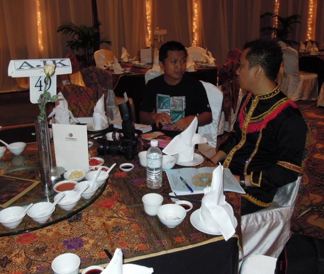 Unity In Diversity Through KSH JPS Sabah Dinner 2012 838