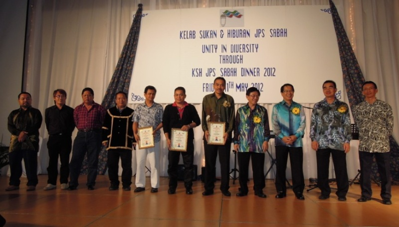 Unity In Diversity Through KSH JPS Sabah Dinner 2012 - Page 5 841