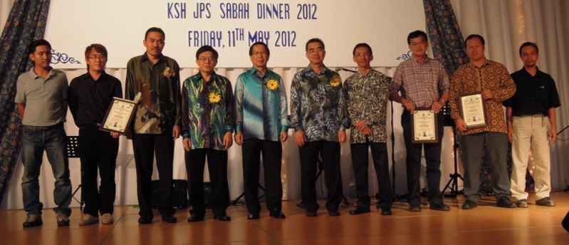 Unity In Diversity Through KSH JPS Sabah Dinner 2012 - Page 5 934