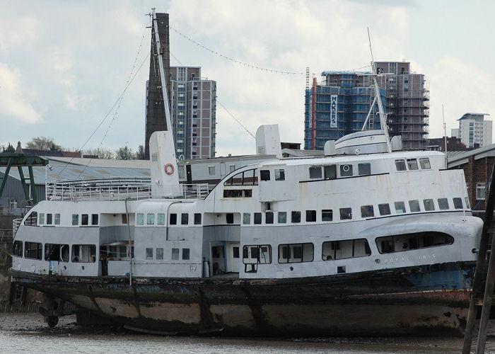 Kalakala - Art Deco Ferry Royali10