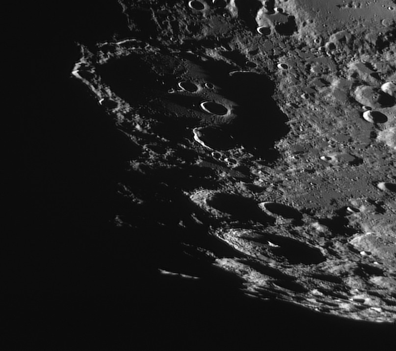 La Lune - Page 17 Claviu11