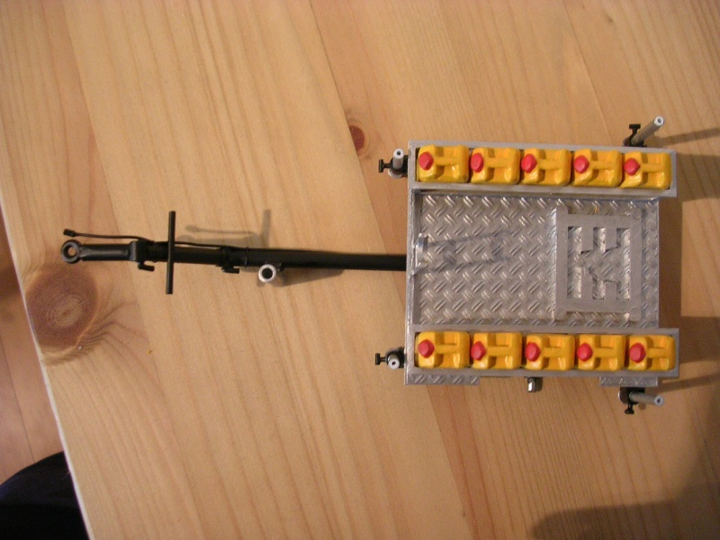 Schaum- Wasserwerferanhänger der FW Gummersberg Dscn7524