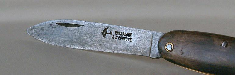 Le couteau Navette Nav_610