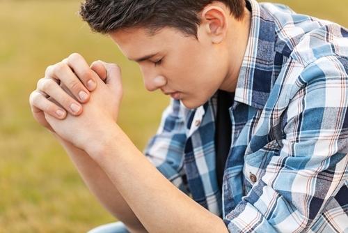 Rapport à la prière  3994410