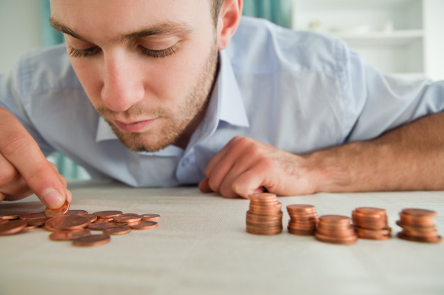 Peut-on prier Dieu pour avoir de l'argent ? - Page 3 Empres10