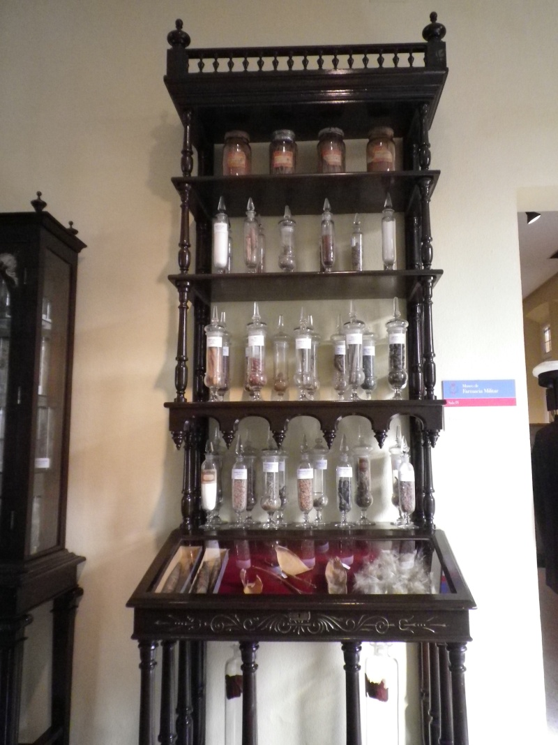 Museo de Farmacia Militar Imgp0029