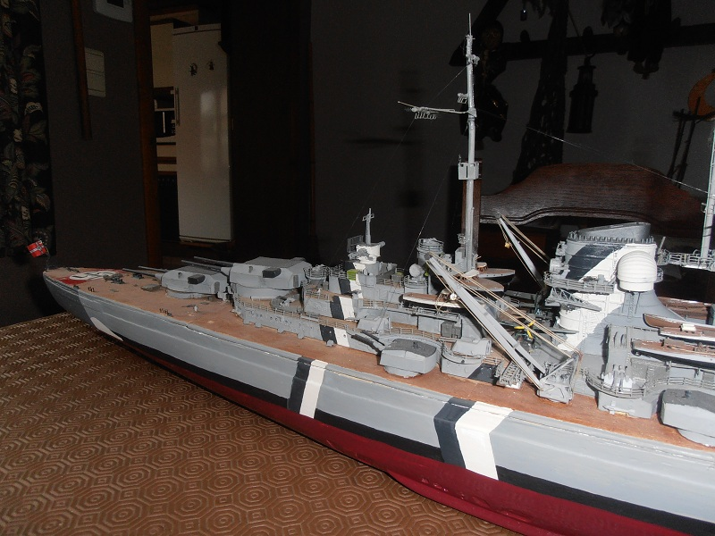 model 1/200 maquette du Bismarck Bismar14