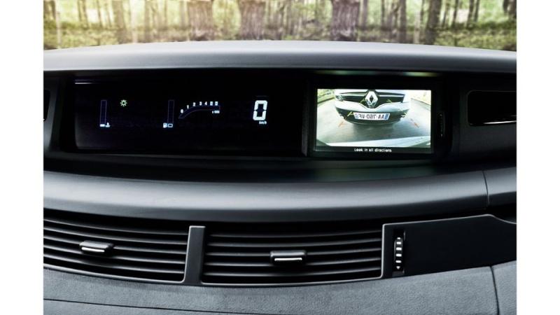 Renault Espace 4 restylé (2012) 03c00221