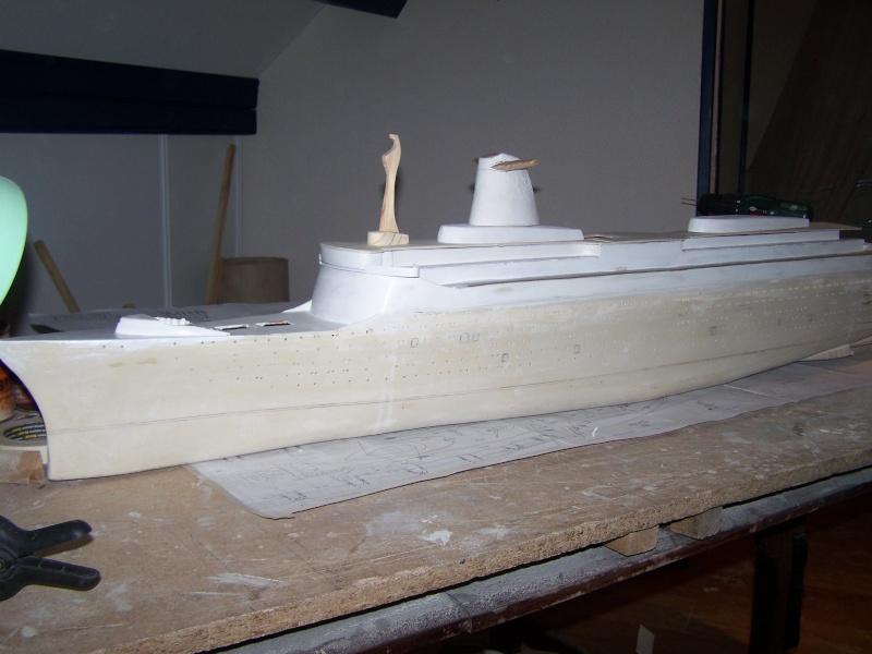 Construction du Paquebot FRANCE au 1/200 plan MRB en 2010 100_2516