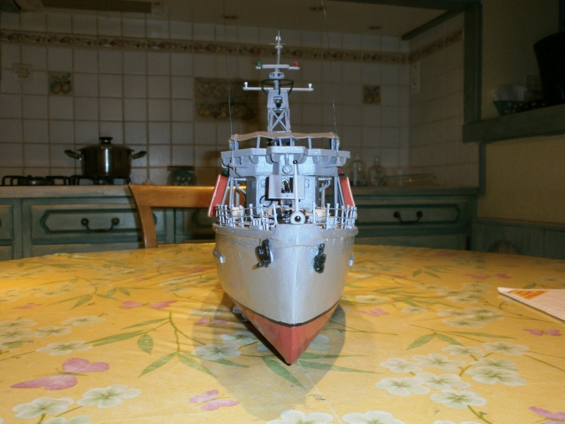 Dragueur de mines côtier type D classe SIRIUS 1/66 malva62 - Page 2 P3140015