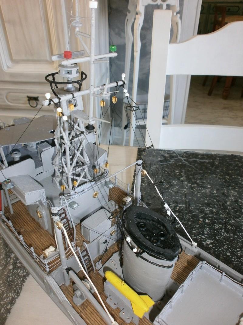 Dragueur de mines côtier type D classe SIRIUS 1/66 malva62 - Page 2 P3160011