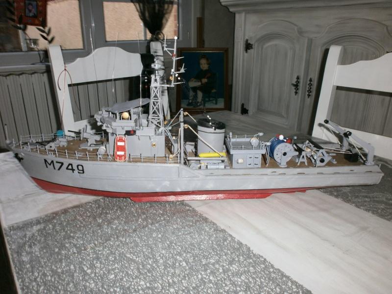 Dragueur de mines côtier type D classe SIRIUS 1/66 malva62 - Page 2 P3290014