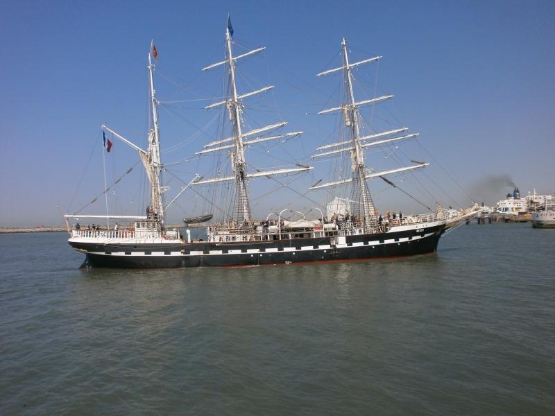 Arrivée du BELEM au port de Calais aujourd'hui P5290012