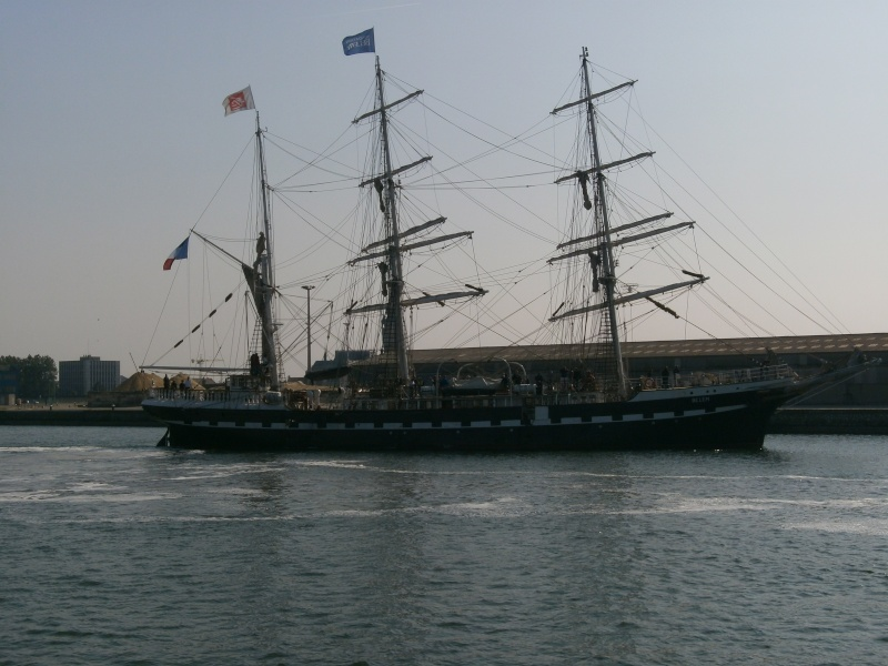 Arrivée du BELEM au port de Calais aujourd'hui P5290015