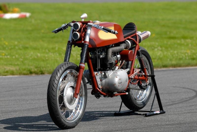 """Triumph """"TTR"""" spéciale !!  22981310"""