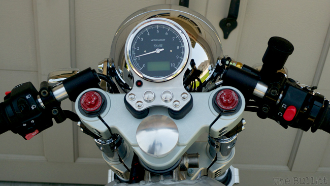 thruxton upgradée  Rv-210