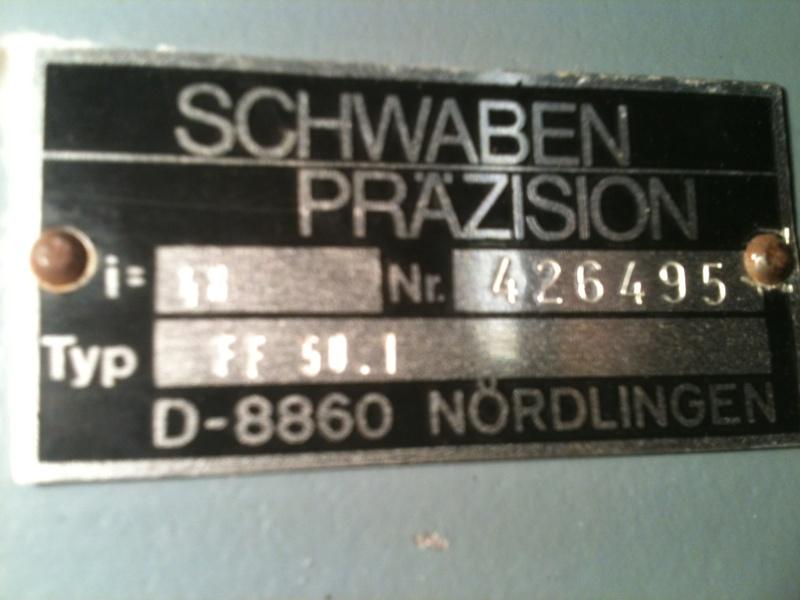 Besoin d'aide pour un motoréducteur 220/380 Img_1812